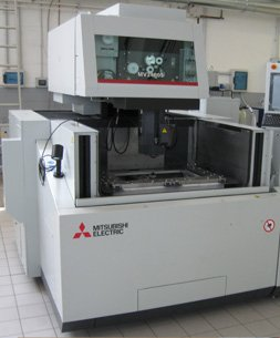 Electrical discharge machining (edm) Mitsubishi MV 2400 S